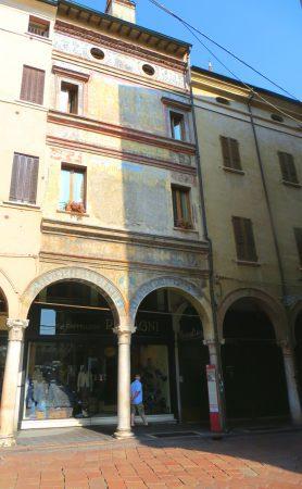 Mantua facade 01